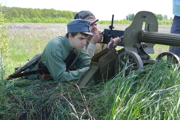 Пулемет Максим оглушил сегодня многих