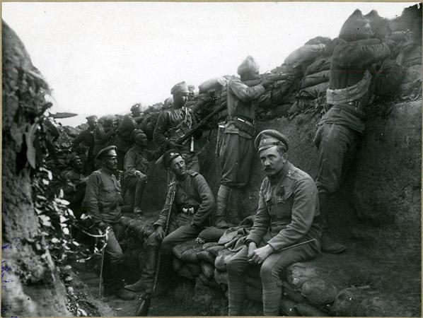 15 Чехословацкие добровольцы в окопах под Зборовом. 1917 г.